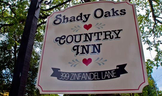 Shady Oaks Country Inn Bed and Breakfast Sign