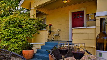 Shady Oaks Napa Valley B&B Front Porch Small