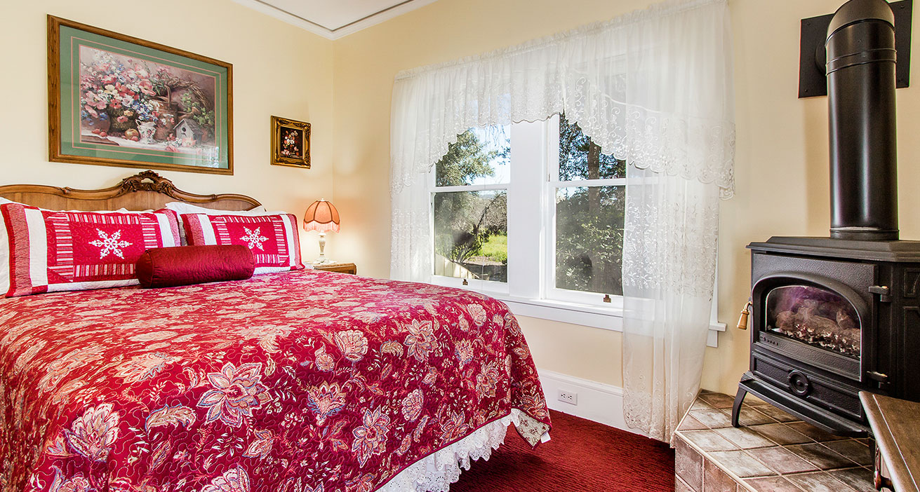 The Rose Room Bed and Breakfast in Napa Valley